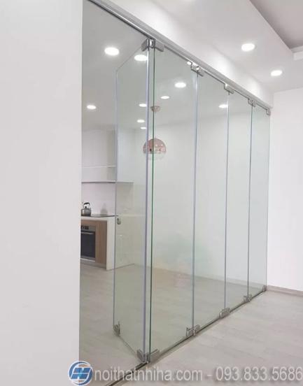 cửa kính cường lực xếp gấp-2