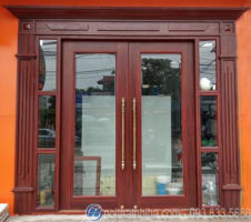 Cửa kính khung gỗ 2 cánh