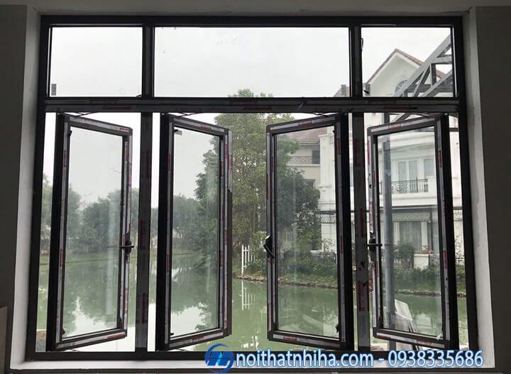 Cửa sổ mở quay nhôm Xingfa 4 cánh có vách kính