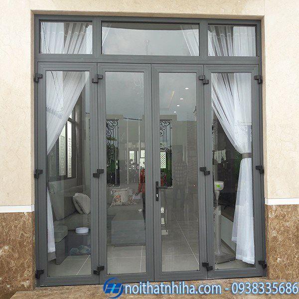 Mẫu cửa chính nhôm xingfa kết hợp rèm vải