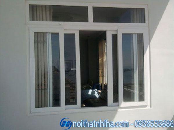 mẫu cửa nhôm hệ 1000 4 cánh cửa sổ kết hợp rèm