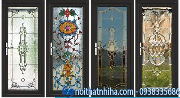 Mẫu cửa chính nhôm xingfa kết hợp kính hoa văn