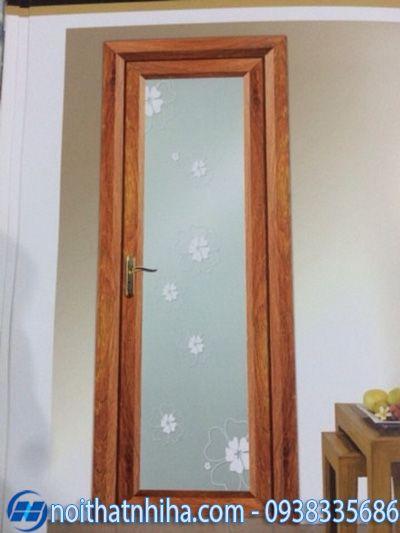 cửa phòng ngủ nhôm xingfa giả vân gỗ kính hoa văn cho người mệnh hỏa