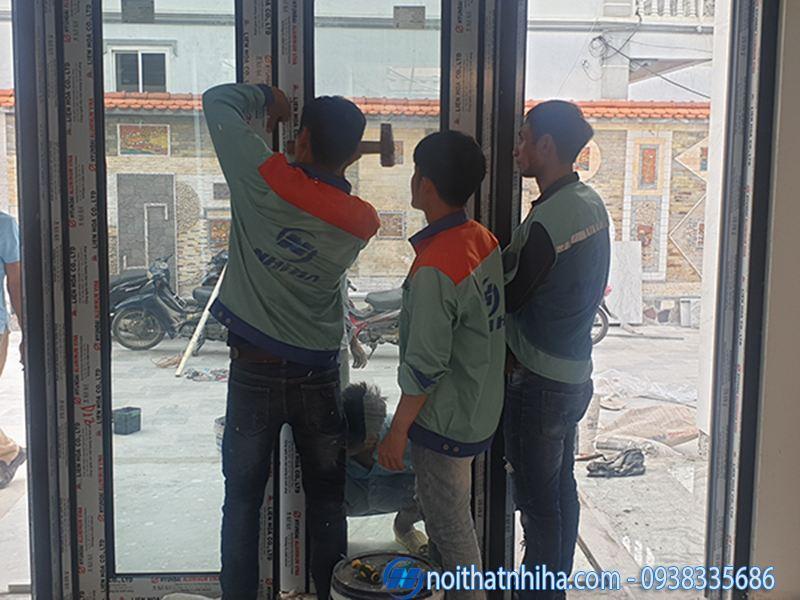 Công ty Nhị Hà lắp cửa kính giá rẻ chất lượng