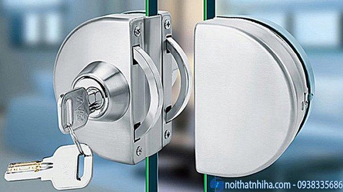 các loại khóa cửa kính cường lực cao cấp-4