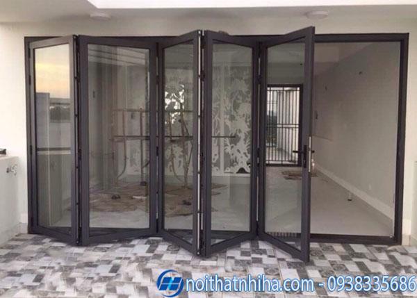 cửa đi xếp trượt nhôm xingfa-11