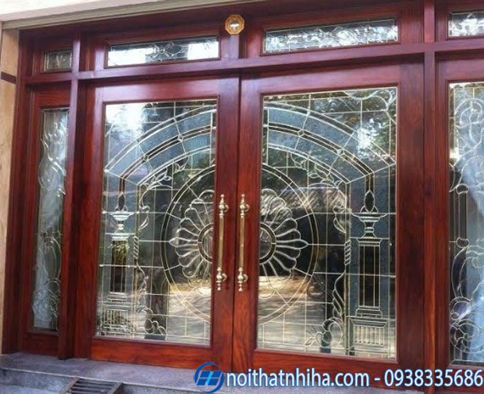 cửa kính cường lực khung gỗ