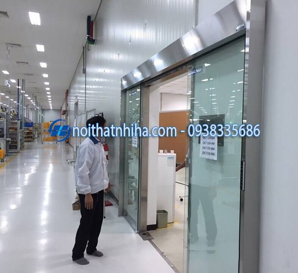 cửa tự động nhà xưởng chuyên dụng cho nhà máy khu công nghiệp
