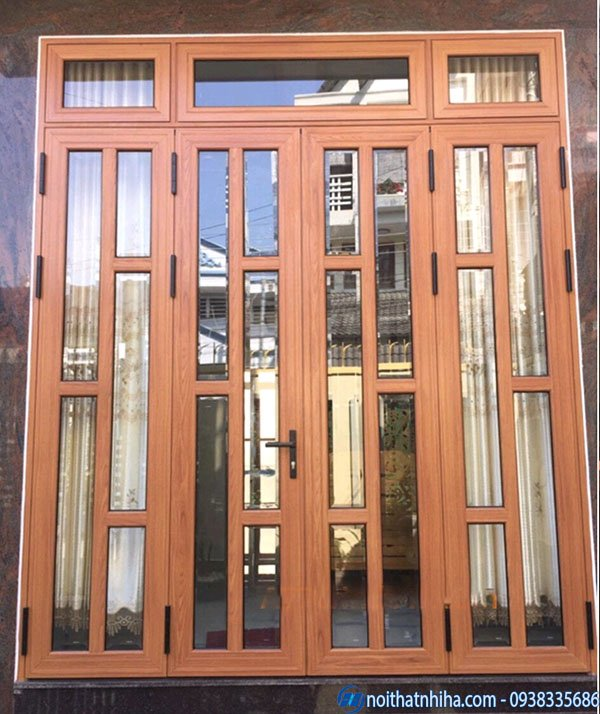 mẫu cửa nhôm kính 4 cánh vân gỗ