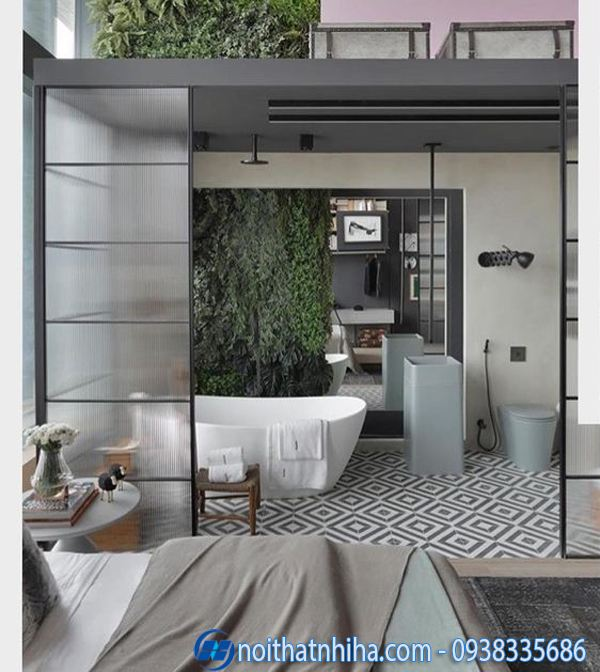 Phòng tắm kính trong phòng ngủ tạo cảm giác gần gũi thiên nhiên