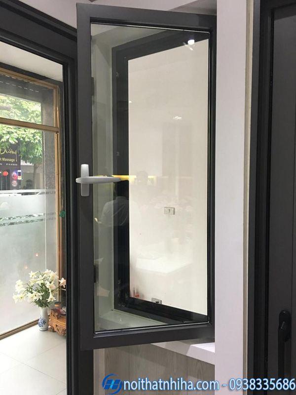 Cửa nhôm Roto mở quay vị trí cửa sổ