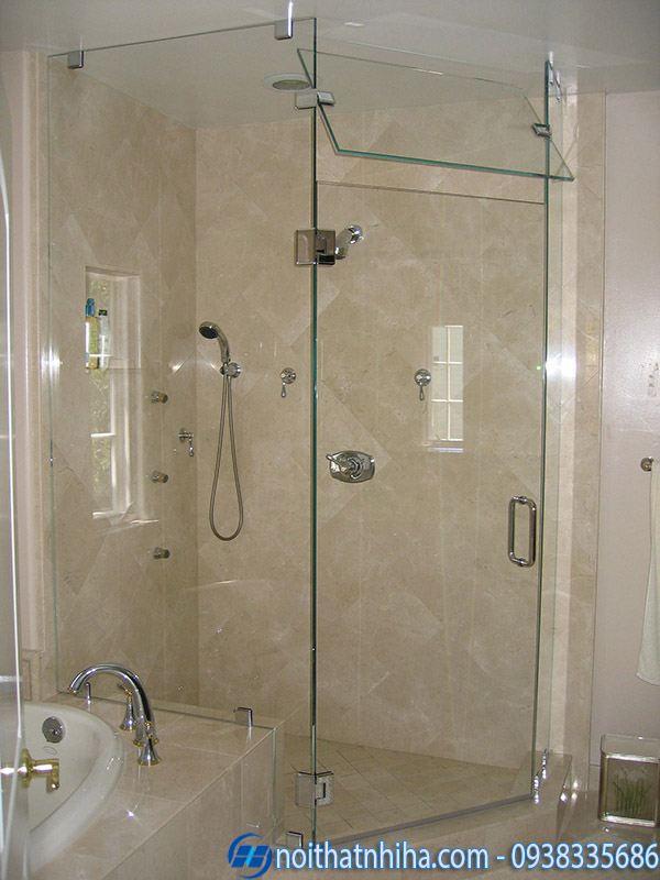 Mẫu vách kính phòng tắm nhỏ đẹp