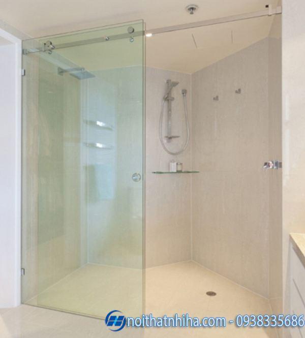 Vách kính phòng tắm mở lùa