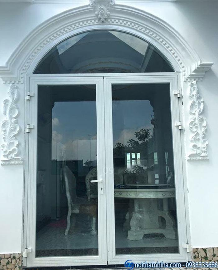 Mẫu cửa vòm nhôm kính biệt thự đẹp