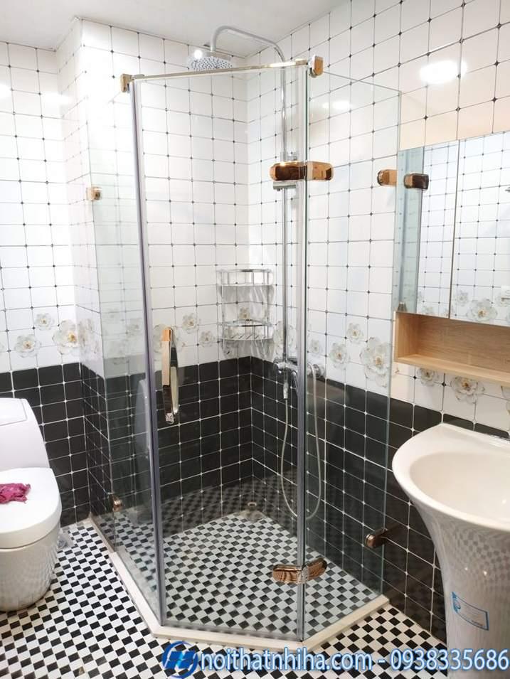 vách kính nhà tắm cửa lùa-5