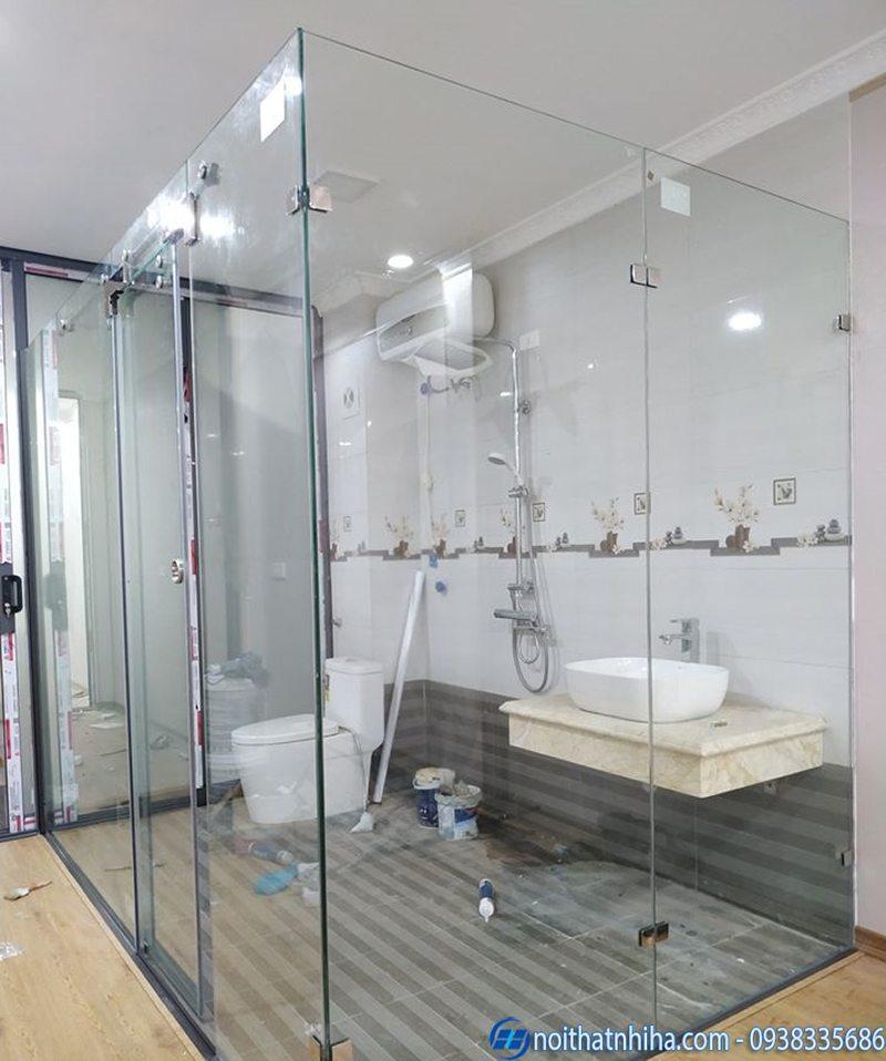 vách kính nhà tắm cửa lùa-7