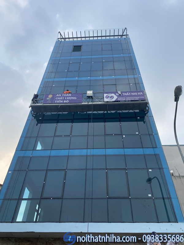Công ty Nhị Hà làm vách cua nhôm kính tại Dương Nội Hà Đông