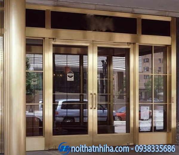Cửa inox- cửa kính khung inox mạ vàng