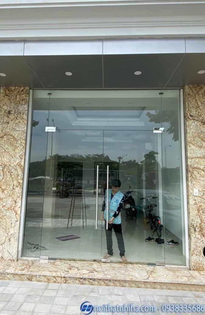 làm vách cửa nhôm kính tại Dương Nội Hà Đông