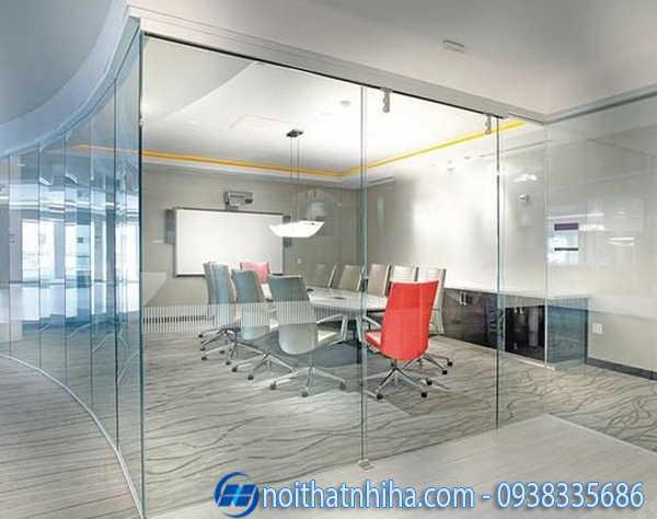 Vách kính văn phòng cho tầm nhìn rộng