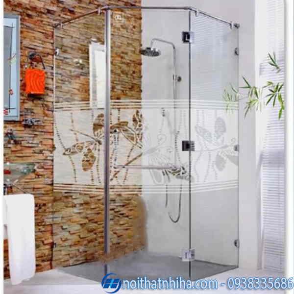 Phòng tắm kính 135 độ hoa văn