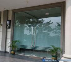 Lắp đặt Cửa kính cường lực tại Gia Lâm-Hà Nội đẹp, chất lượng cao