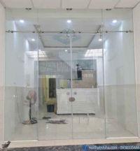 Lắp đặt cửa kính cường lực tại Hoàng Mai Hà Nội chất lượng cao