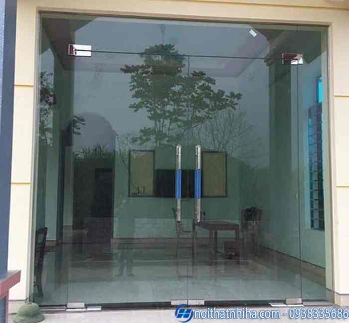 Lắp đặt cửa kính cường lực tại Long Biên tốt nhất