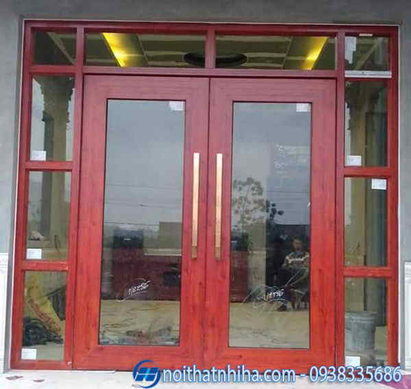 Cửa kính cường lực khung nhôm vân gỗ