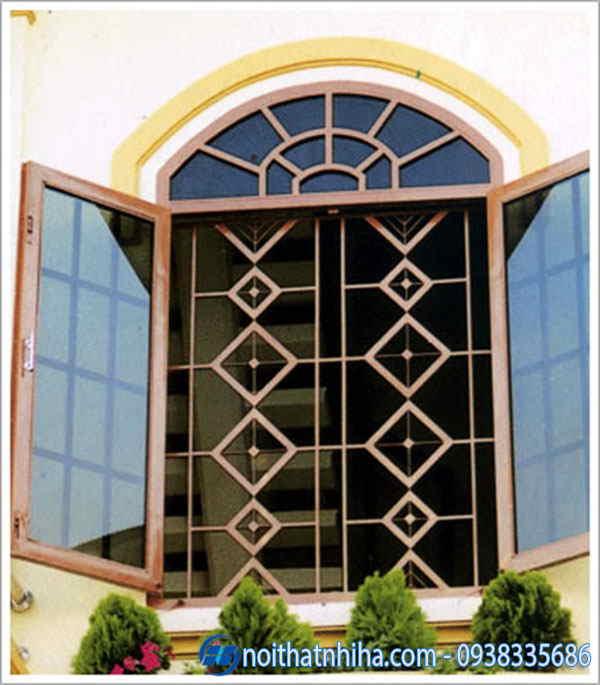 khung bảo vệ cửa sổ nhôm vân gỗ