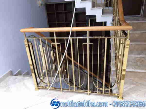 Lan can Inox mạ vàng cho cầu thang