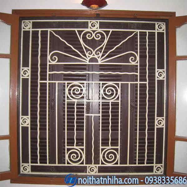 Khung bảo vệ cửa sổ sắt sơn trắng