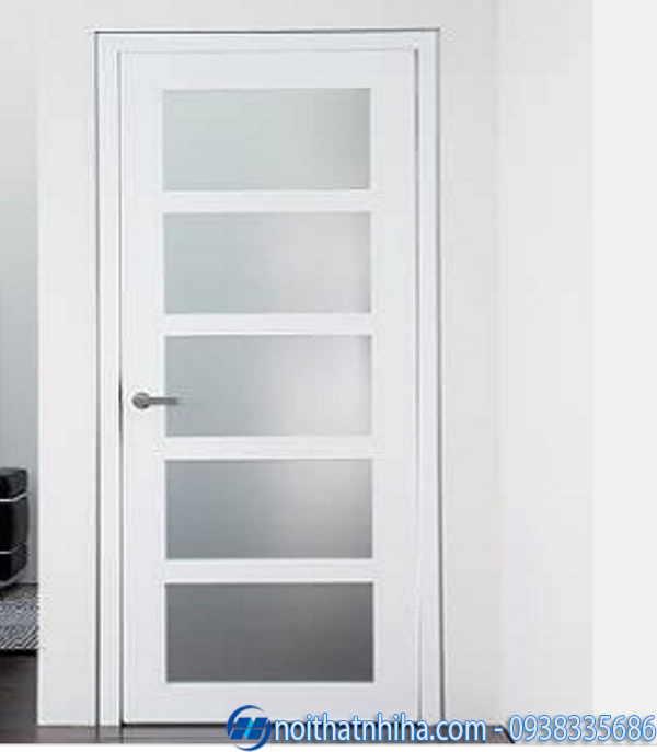 Cửa sắt phòng ngủ màu trắng kính mờ