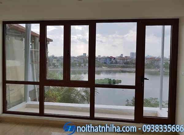 cửa sổ kính cường lực khung nhôm Xingfa vân gỗ