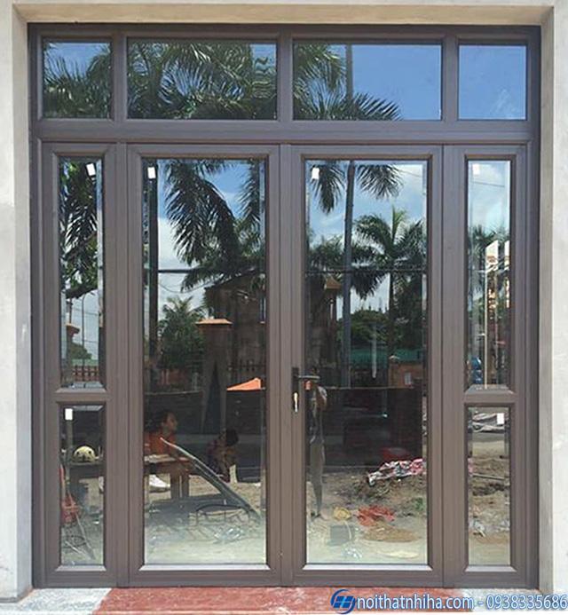 Mẫu cửa nhôm kính phòng khách mở quay 2 cánh