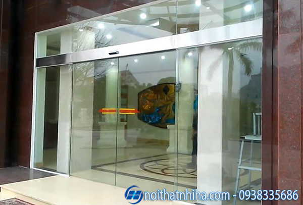 Cửa tự động tại Quảng Ninh