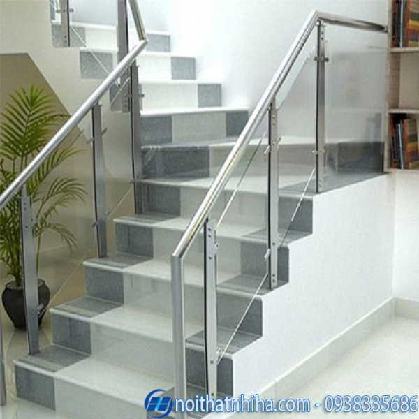 Cầu thang kính inox 304