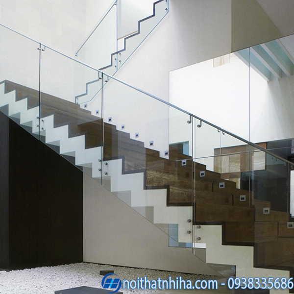 Cầu thang kính inox không trụ