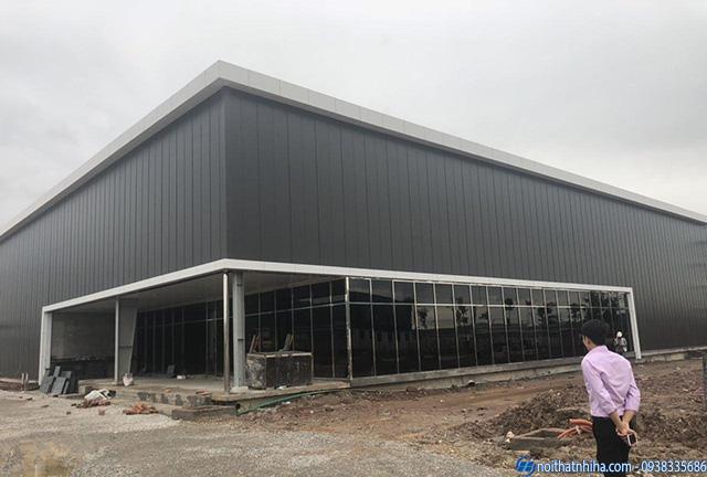 Thi công lắp đặt cửa kính cường lực nhà máy tại Bắc Ninh