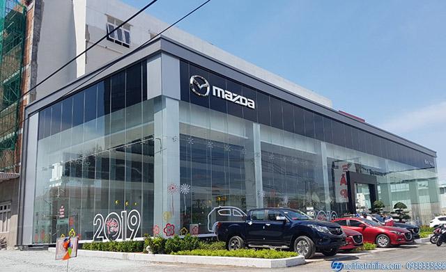 Công trình vách cửa kính cường lực Quảng Ninh cho showroom ô tô