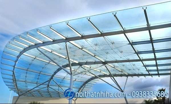 Thi công lắp đặt mái kính cường lực tại Thái Nguyên