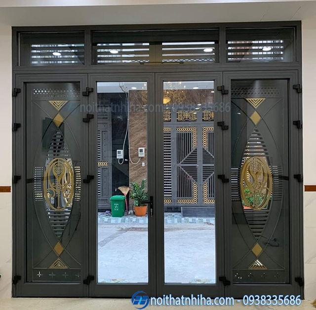 Mẫu cửa nhôm kính tại Hà Nội kết hợp cắt CNC