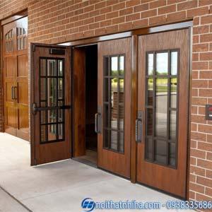 cửa gỗ kính cường lực 4 cánh