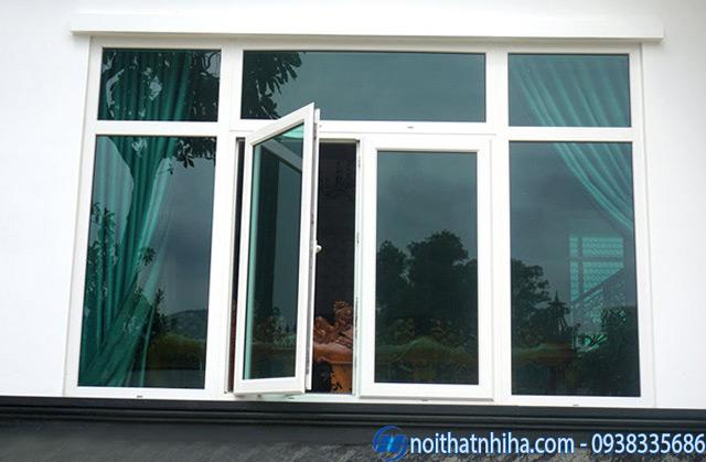 Mẫu cửa sổ khung nhôm kính mở quay đẹp