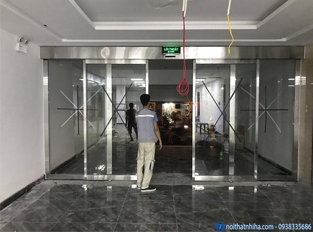 Lắp đặt cửa tự động tại văn phòng KCN tỉnh Vĩnh Phúc