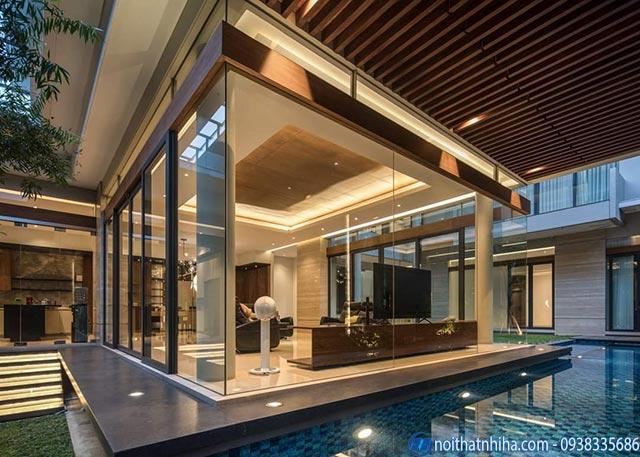 Công trình vách kính không khung kết hợp với cửa nhôm kính cho biệt thự sang trọng thẩm mỹ