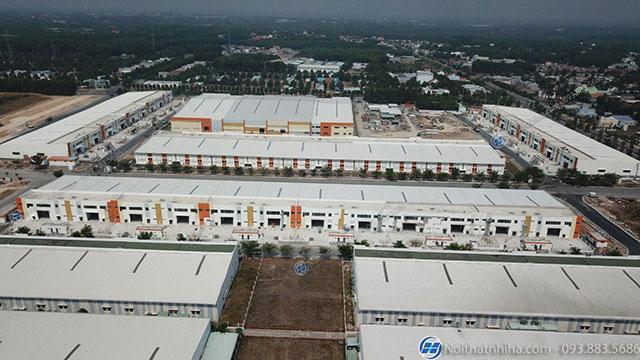 Cửa nhôm Tungshin được ứng dụng lắp đặt cho nhà xưởng kho vận